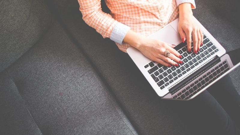 Blogg Inntekt: Hva kan du tjene på en ny blogg?